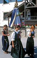 AUT, Oesterreich, Salzburger Land, Lungau, Mauterndorf: Prozession | AUT, Austria, Salzburger Land, Lungau, Mauterndorf: procession