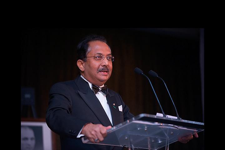 Homecoming 2008: Alumni Awards Gala 9/26/2008... Shaik S. Ismail, AA'69, BSED '70(Distinguished service award)