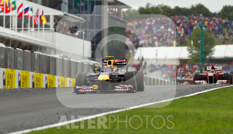 31.07.2011, Hungaroring, Budapest, HUN, F1, Grosser Preis von Ungarn, Hungaroring, im Bild Mark Webber (AUS), Red Bull Racing-Renault dahinter Fernando Alonso (ESP), Scuderia Ferrari // during the Formula One Championships 2011 Hungarian Grand Prix held at the Hungaroring, near Budapest, Hungary, 2011-07-31, EXPA Pictures © 2011, PhotoCredit: EXPA/ J. Feichter