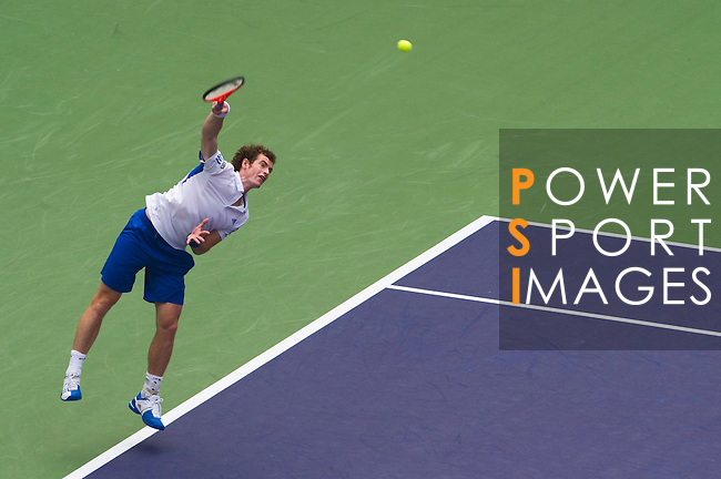 SHANGHAI, CHINA - OCTOBER 15:  Andy Murray of Great Britain serves to Jo-Wilfried Tsonga of France during day five of the 2010 Shanghai Rolex Masters at the Shanghai Qi Zhong Tennis Center on October 15, 2010 in Shanghai, China.  (Photo by Victor Fraile/The Power of Sport Images) *** Local Caption *** Andy Murray