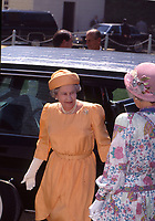 Mount Vernon, Virginia.USA, May 15, 1991<br /> Queen Elizabeth of England arrives at Mount Vernon  the home of George Washington the United States first President. Credit: Mark Reinstein/MediaPunch