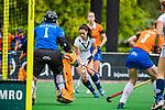 BLOEMENDAAL -  Stella van Gils (Pin)    , Libera hoofdklasse hockey Bloemendaal-Pinoke (0-0). COPYRIGHT KOEN SUYK