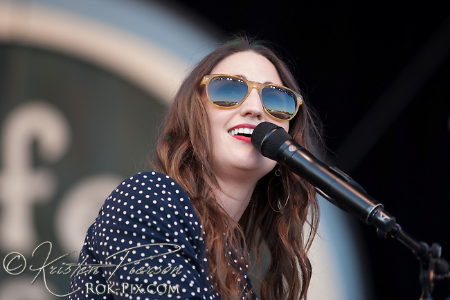 Sara Bareilles performs at the Life is Good Festival on September 22, 2012 in Canton, Massachusetts © Kristen Pierson