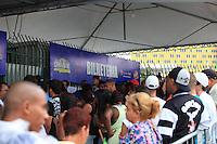 SAO PAULO, SP 16 DE DEZEMBRO DE 2011 - VENDA DE INGRESSO PARA O CARNAVAL 2012 - Comecou nesta a segunda-feira (16), a venda de ingressos para o o carnaval 2012, no Anhembi, zona norte da cidade. FOTO: RICARDO LOU - NEWS FREE