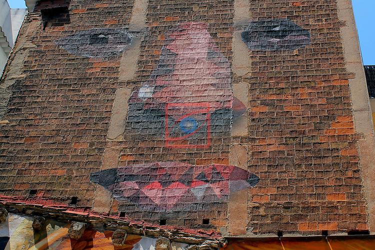 Street Art-Graffittis.<br /> Carrer de la Creu Coberta.<br /> Barcelona-Hostafrancs (Sants-Montjuic).