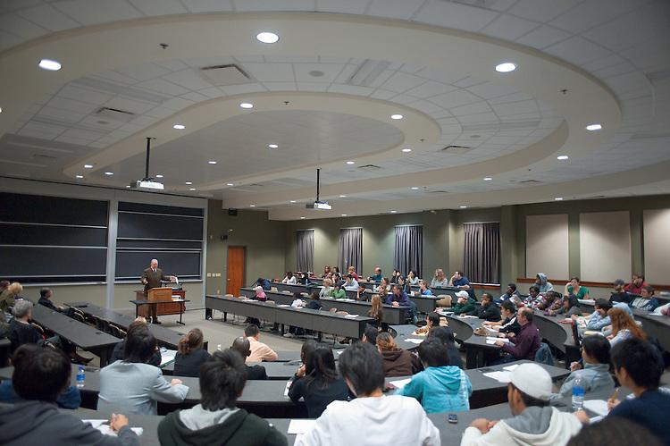 19108International Studies Forum in Walter Hall: President Emeritus Charles Ping Speaking. ...President Emeritus Charles Ping