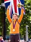 Engeland, London, 29 juli 2012.Olympische Spelen London.Mariaane Vos van Oranje wint de gouden Medaille bij de wegwedstrijd op de Olympische spelen