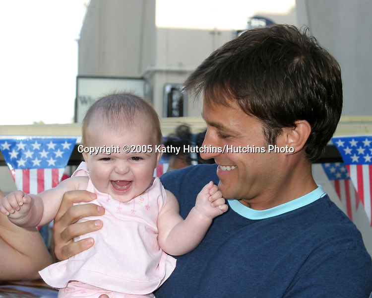 Ty Treadway and daughter Samantha.Studio City 4th of July Celebration.CBS Radford Lot.Studio City, CA.July 4, 2005.©2005 Kathy Hutchins / Hutchins Photo