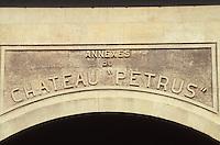 Europe/France/Aquitaine/33/Gironde/Pomerol: château Petrus - Détail de la façade [Non destiné à un usage publicitaire - Not intended for an advertising use]