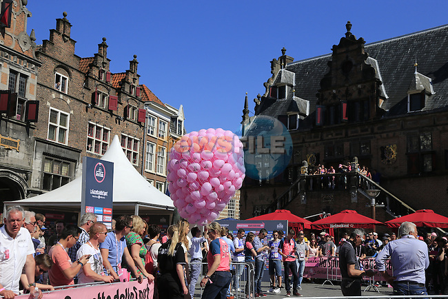 Nijmegen the start city for Stage 3 of the 2016 Giro d'Italia running 190km from Nijmegen to Arnhem, The Nethrerlands. 8th May 2016.<br /> Picture: Eoin Clarke | Newsfile<br /> <br /> <br /> All photos usage must carry mandatory copyright credit (&copy; Newsfile | Eoin Clarke)