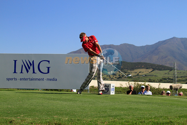 Ian Poulter (ENG) tees off on the 8th tee during the morning session on Day 3 of the Volvo World Match Play Championship in Finca Cortesin, Casares, Spain, 21st May 2011. (Photo Eoin Clarke/Golffile 2011)