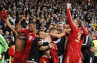 FUSSBALL   CHAMPIONS LEAGUE SAISON 2011/2012  HALBFINALE  RUECKSPIEL      Real Madrid - FC Bayern Muenchen           25.04.2012 Schlussjubel FC Bayern nach dem Abpfiff