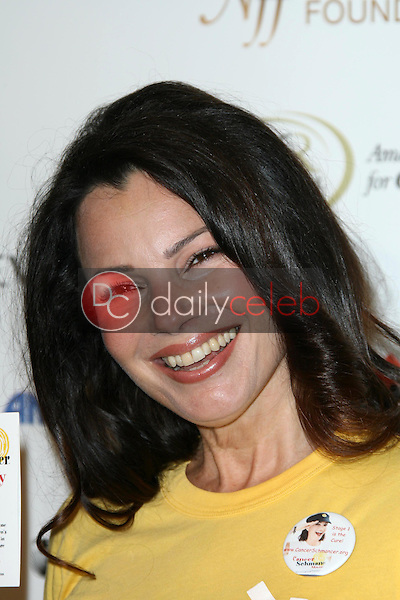 Fran Drescher<br />at Stand Up To Cancer. Kodak Theater, Hollywood, CA. 09-05-08<br />Dave Edwards/DailyCeleb.com 818-249-4998