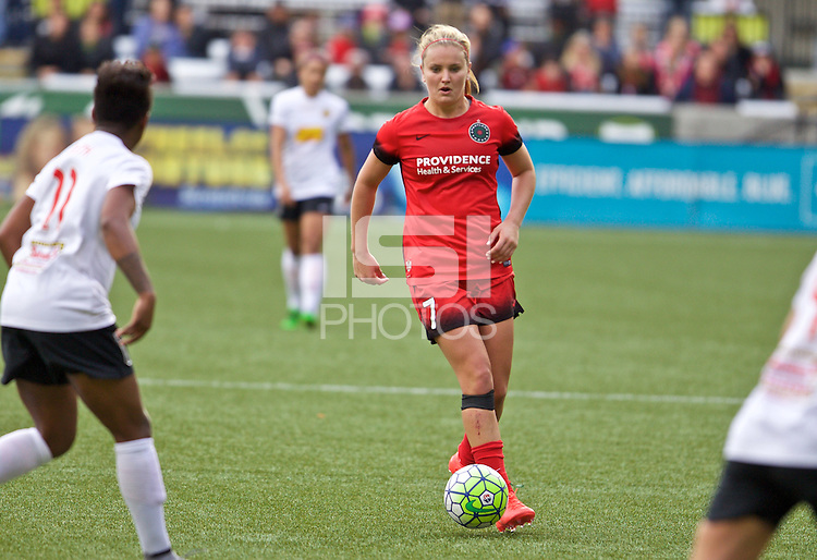 Portland, Oregon - Sunday October 2, 2016: Portland Thorns FC midfielder Lindsey Horan (7) during a semi final match of the National Women's Soccer League (NWSL) at Providence Park.