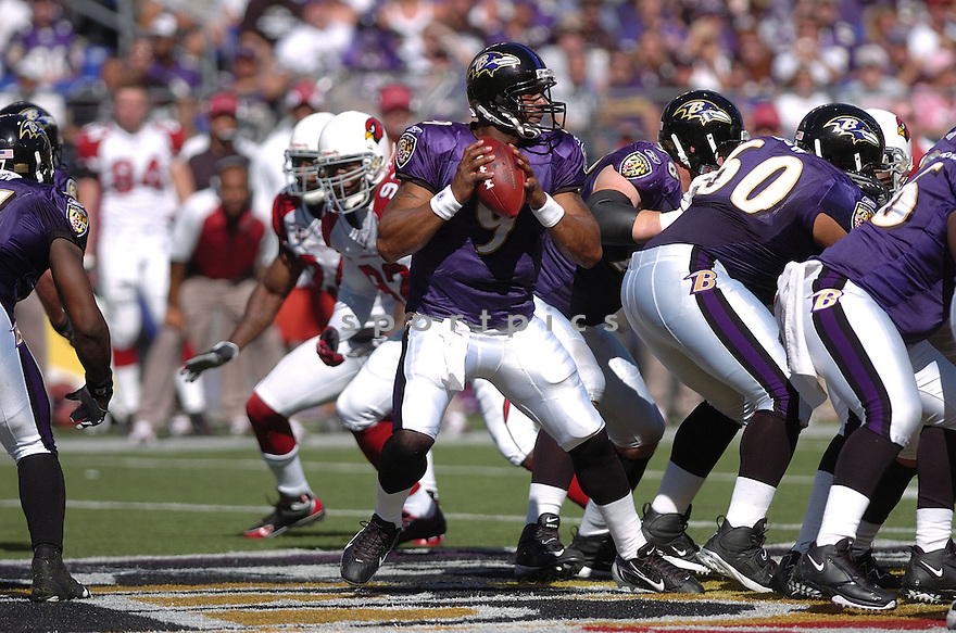 STEVE MCNAIR, of the Baltimore Ravens in action during the Ravens game against the Arizona Cardinals on September 23, 2007 in Baltimore, Maryland...RAVENS win 26-23..SportPics