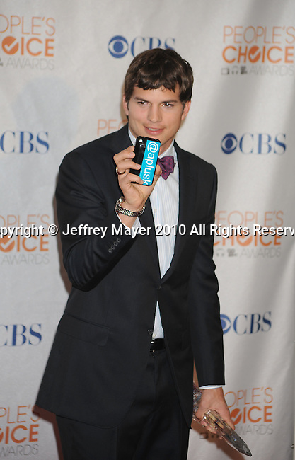 LOS ANGELES, CA. - January 06: Ashton Kutcher poses in the press room at the People's Choice Awards 2010 held at Nokia Theatre L.A. Live on January 6, 2010 in Los Angeles, California.
