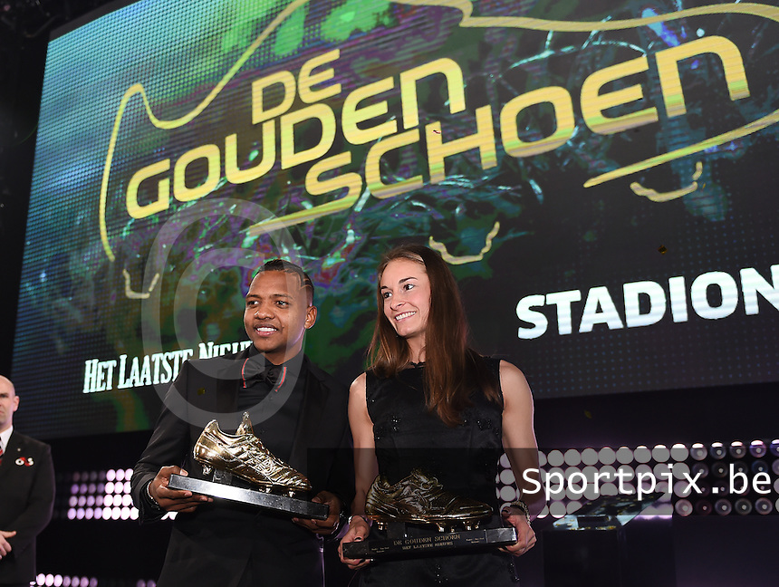 20170208 – LINT ,  BELGIUM : winners of the Golden Shoe 2017 JOSE IZQUIERDO and TESSA WULLAERT pictured during the  63nd men edition of the Golden Shoe award ceremony and 1st Women's edition, Wednesday 8 February 2017, in Lint AED studio. The Golden Shoe (Gouden Schoen / Soulier d'Or) is an award for the best soccer player of the Belgian Jupiler Pro League championship during the year 2016. The female edition is a first in Belgium.  PHOTO DIRK VUYLSTEKE | Sportpix.be