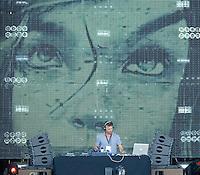 MADRI, ESPANHA, 07 DE JULHO 2012 - ROCK IN RIO MADRI - O DJ Pete Tong durante apresentacao no Rock In Rio Madri, na noite de ontem sexta-feira, 06. (FOTO: ALFAQUI / BRAZIL PHOTO PRESS).