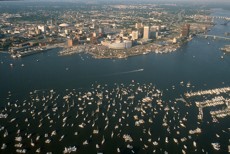 1987 June ..Redevelopment.Downtown South (R-9)..WATERFRONT.HARBORFEST....NEG#.NRHA#..