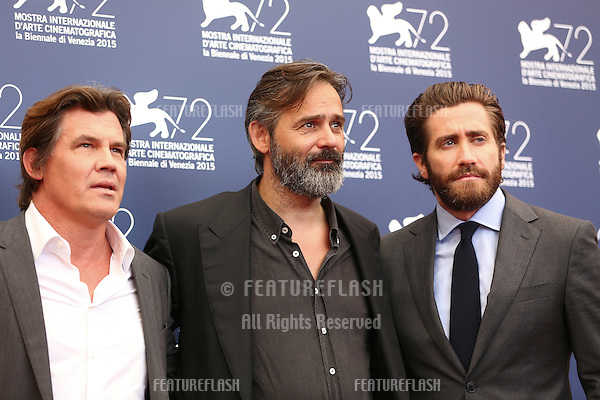 Balthasar Kormakur, Jake Gyllenhaal &amp; Josh Brolin at the photocall for Everest at the 2015 Venice Film Festival.<br /> September 02, 2015  Venice, Italy<br /> Picture: Kristina Afanasyeva / Featureflash