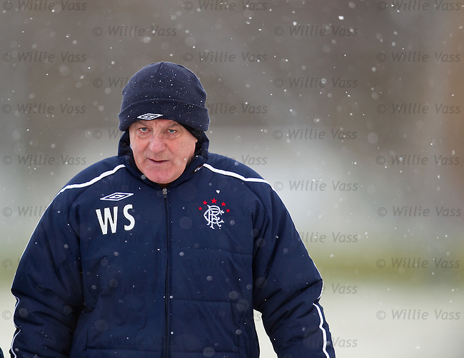 Walter Smith comes out to supervise training