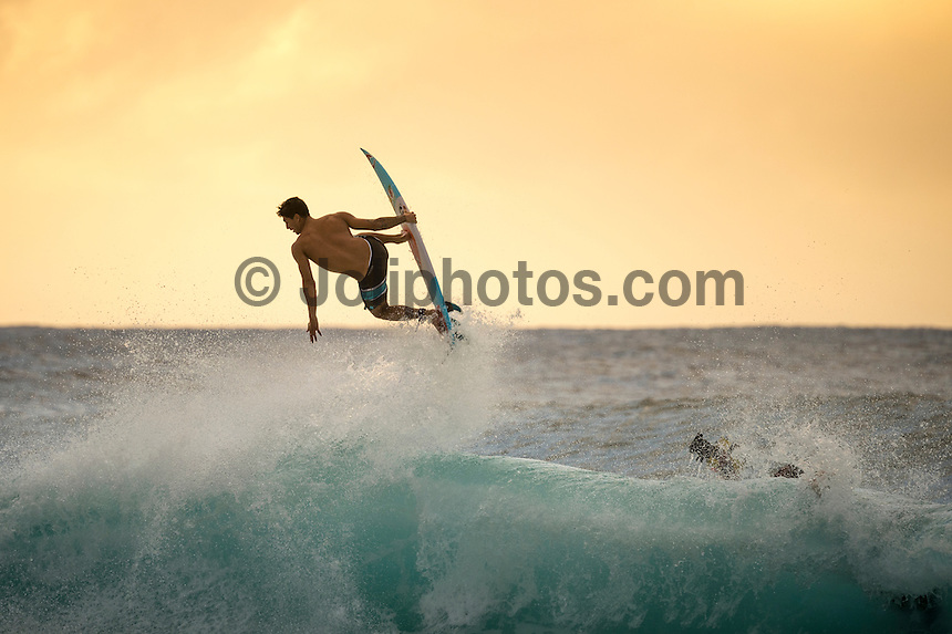 Off The Wall, North Shore of Oahu, Hawaii.  Tuesday December 16 2014) Gabriel Medina (BRA). - The surf was in the 4' range at Off The Wall today with a bumpy NW swell and NE Trade winds. Photo: joliphotos.com