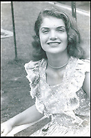 Unseen young Jackie Kennedy photo's revealed
