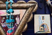 Afrique/Afrique du Nord/Maroc/Essaouira: Scène de rue dans la médina, jeu de miroir dans le souk,