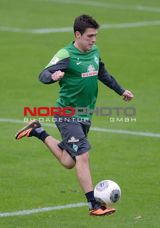 24.09.2013, Trainingsgelaende, Bremen, GER, 1.FBL, Training Werder Bremen, im Bild Zlatko Junuzovic (Bremen #16)<br /> <br /> Foto &copy; nph / Frisch