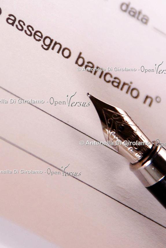 Libretto di assegni bancari. Book of checks. Checkbook...