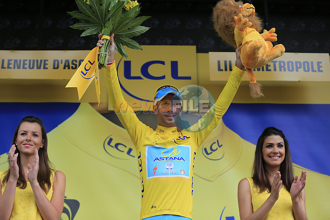 Vincenzo Nibali (ITA) Astana retains the leader's Yellow Jersey after Stage 4 of the 2014 Tour de France running 163.5km from Le Touquet to Lille. 8th July 2014.<br /> Picture: Eoin Clarke www.newsfile.ie