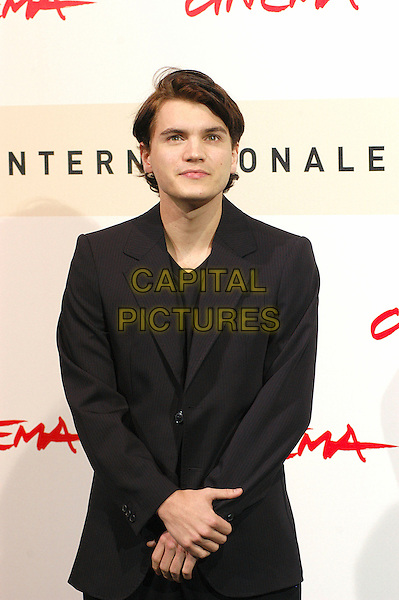 "EMILE HIRSCH.Photocall for film ""Into the wild"" during the 2nd Annual Rome Film Festival, Rome, Italy, 24th October 2007..half length black suit jacket.CAP/CAV.©Luca Cavallari/Capital Pictures."