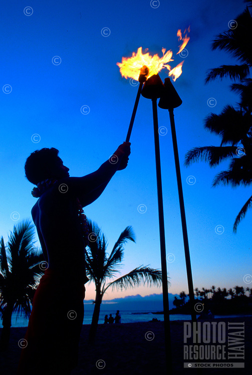 Hawaiian Sunset Torch Lighting
