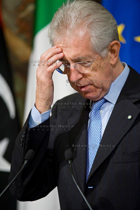 Il Presidente del Consiglio Italiano Mario Monti durante una conferenza stampa a Palazzo Chigi..Italian Prime Minister Mario Monti