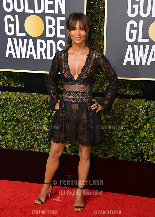 Halle Berry at the 75th Annual Golden Globe Awards at the Beverly Hilton Hotel, Beverly Hills, USA 07 Jan. 2018<br /> Picture: Paul Smith/Featureflash/SilverHub 0208 004 5359 sales@silverhubmedia.com