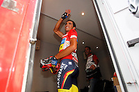Alberto Contador celebrates the victory in La Vuelta when comes to the finish line in the stage of La Vuelta 2012 beetwen Cercedilla and Madrid.September 9,2012. (ALTERPHOTOS/Paola Otero)