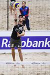 04.01.2019, Den Haag, Sportcampus Zuiderpark<br />Beachvolleyball, FIVB World Tour, 2019 DELA Beach Open<br /><br />Aufschlag / Service Clemens Wickler (#2)<br /><br />  Foto © nordphoto / Kurth