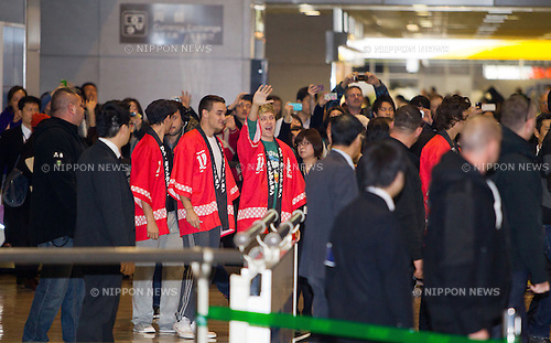 January 17, 2013, Chiba, Japan - English-Irish pop boy band One Direction arrives at Narita International Airport, east of Tokyo. This is One Direction's first trip to Japan in which they are in Tokyo to promote their second album 'Take Me Home'. (Photo by Christopher Jue/Nippon News)