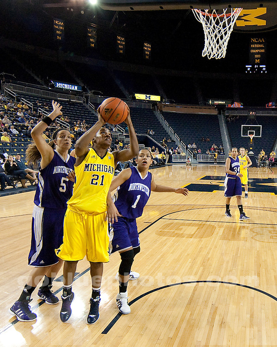 The University of Michigan women's basketball team beat Northwestern 79-68 at Crisler Center in Ann Anrbor, Mich., on February 2, 2012.