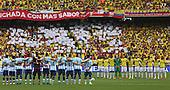 Los equipos de Argentina y Colombia en momento de silencio en honor de la v&iacute;ctimas de los atentados en Par&iacute;s antes del partido de eliminatorias para el Mundial de F&uacute;tbol 2018 en el Estadio Metropolitano Roberto Melendez de Barranquilla el 17 de novimbre de 2015.<br /> <br /> Foto: Archivolatino<br /> <br /> COPYRIGHT: Archivolatino<br /> Prohibido su uso sin autorizaci&oacute;n.