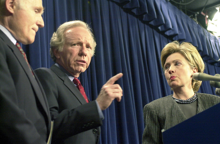 2censorship042601 -- Senator Joseph Lieberman,D-CT, talks about legislation aimed at preventing the entertainment industry from using sex and violence as a marketing strategy for young people joined on stage is Senator Herbert Kohl, D-WI and Senator Hillary Clinton, D-NY.