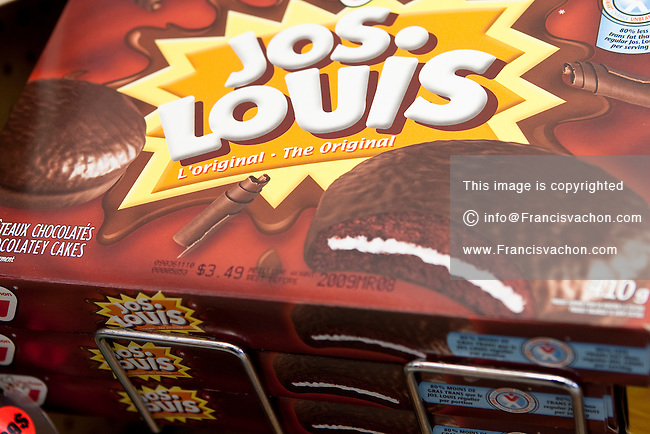 Jos Louis Vachon cake are seen on display in a convenient store in Quebec City February 26, 2009