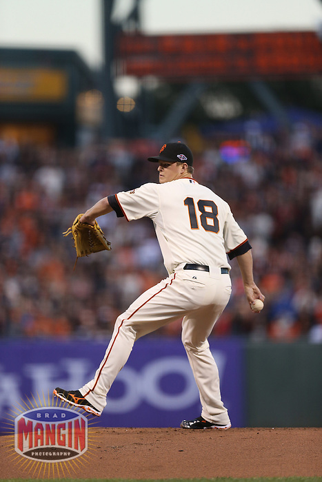 SAN FRANCISCO - OCTOBER 6:  Matt Cain of the San Francisco Giants pitches during Game 1 of the NLDS against the Cincinnati Reds at AT&T Park on October 6, 2012 in San Francisco, California. (Photo by Brad Mangin)