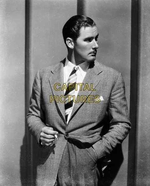 Errol Flynn.*Filmstill - Editorial Use Only*.CAP/PLF.Supplied by Capital Pictures.