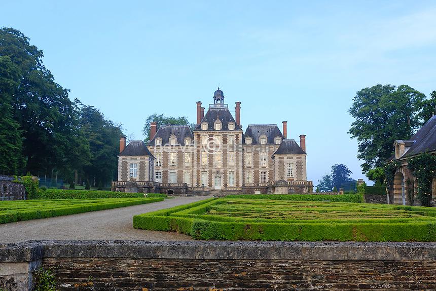 France, Calvados (14), Balleroy, château de Balleroy à l'aube // France, Calvados, Balleroy, Balleroy castle at dawn