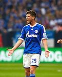 Duitsland, Gelsenkirchen, 28 april  2013.Seizoen 2012-2013.Bundersliga.FC Schalke 04 - Hamburger SV.Klaas Jan Huntelaar schreeuwt de frustratie van zich af