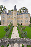 On the terrasse. Chateau Pichon Longueville Comtesse de Lalande, pauillac, Medoc, Bordeaux, France