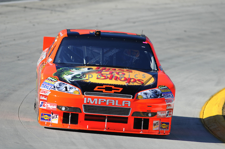 JAMIE MCMURRAY, during practice laps in preparation for the Tums Fast Relief 500 in Martinsville, VA..