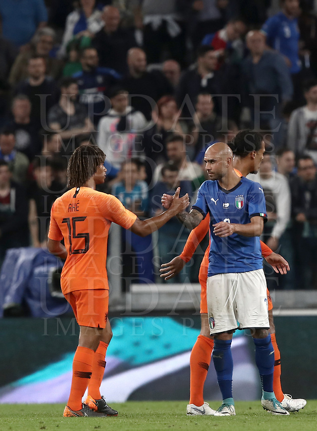 International friendly football match Italy vs The Netherlands, Allianz Stadium, Turin, Italy, June 4, 2018. <br /> Italy's Simone Zaza (r) greets Netherlands' Nathan Ak&eacute; (l) at the end of the international friendly football match between Italy and The Netherlands at the Allianz Stadium in Turin on June 4, 2018.<br /> Italy and The Netherlands drawns 1-1.<br /> UPDATE IMAGES PRESS/Isabella Bonotto
