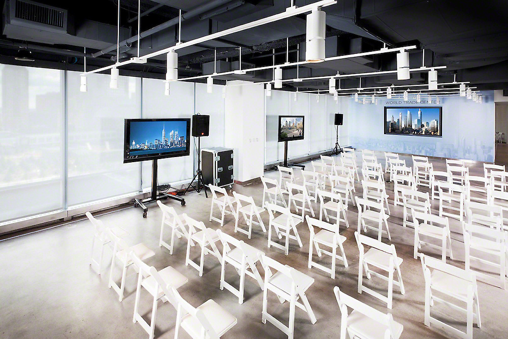 Presentation Seating With Multiple TVs